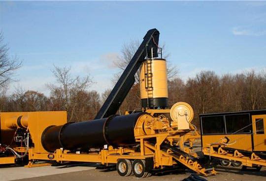 MOPT adquiere maquinaria para mantenimiento