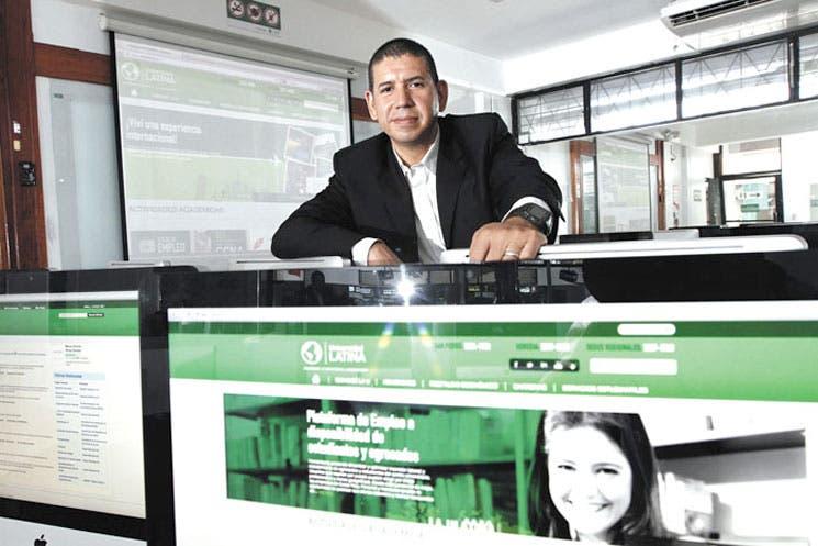 Más empleos se buscan por la Web