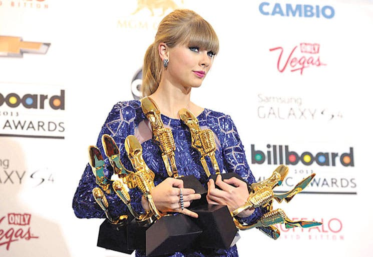 Taylor Swift reina en los Billboard
