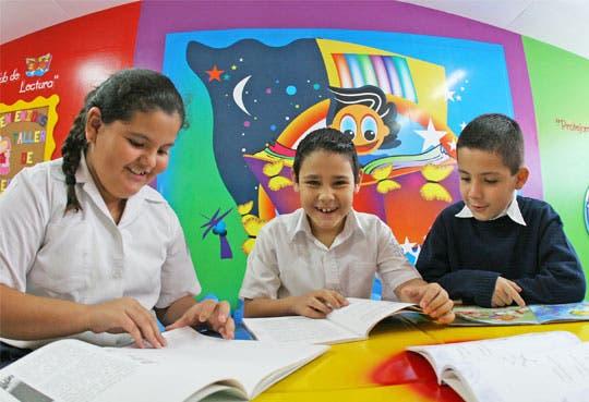 Ticos satisfechos con escuelas públicas