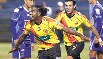 Tres goles… Nada nuevo para Herediano