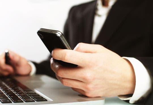 Alerta por correo fraudulento para teléfonos