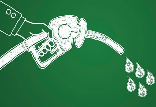 Costo de combustibles disminuye