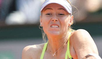 Sharapova sigue firme