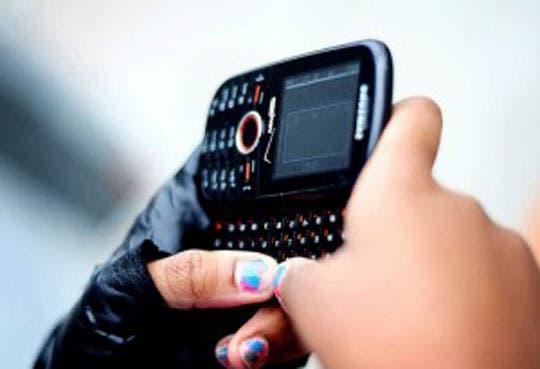 201306041701131.estudiantes-y-celulares.jpg