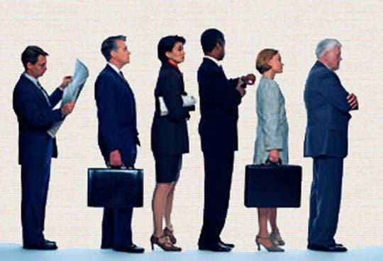 Sector privado de EE.UU. creó 135 mil empleos