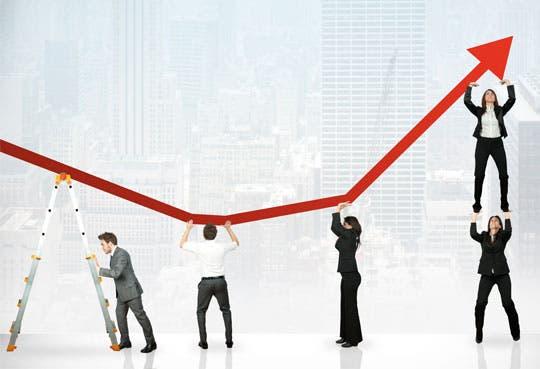 Actividad económica crece lentamente