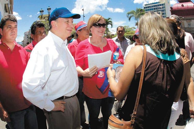 Reto a Chinchilla: donar $1 millón para hospital