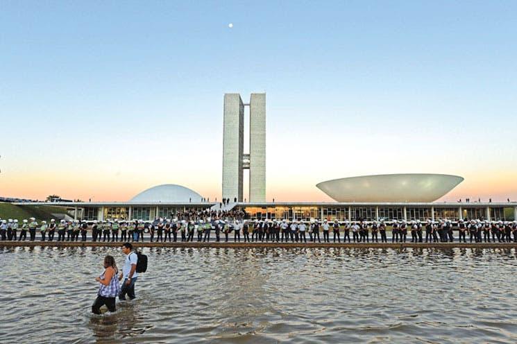 Protestas de Brasil movidas por Facebook