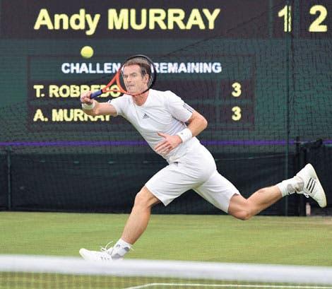 Murray mantiene el paso