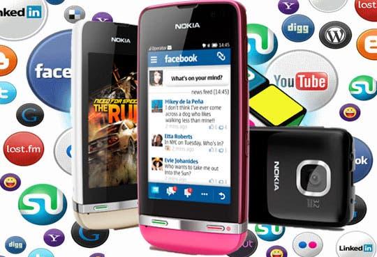 Smartphones accesibles para jóvenes