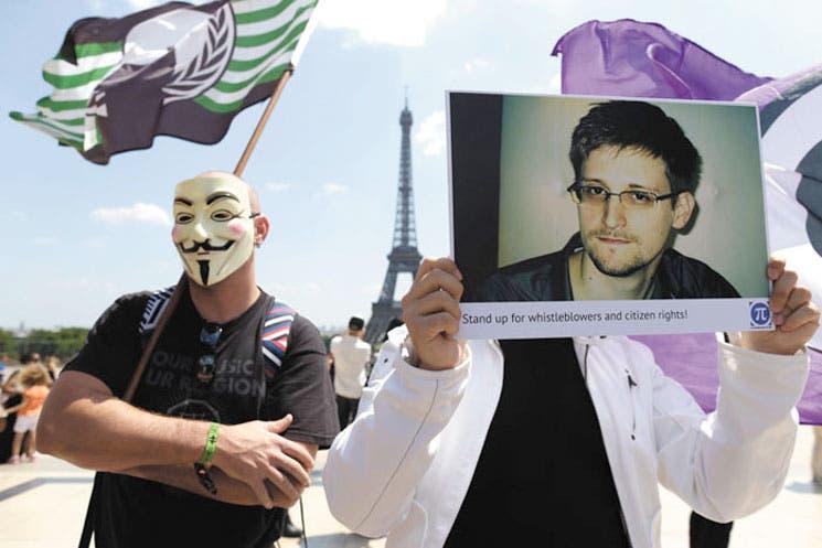 Confusión rodea asilo de Snowden