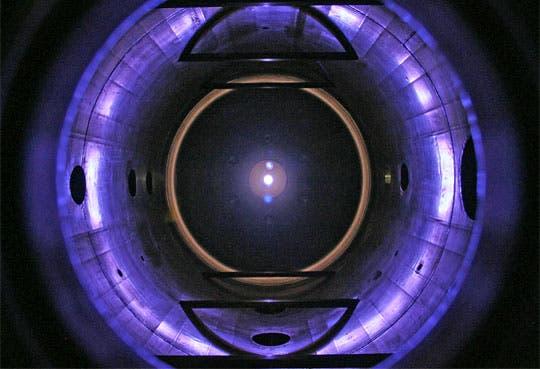 Franklin Chang busca fondos para motor de plasma