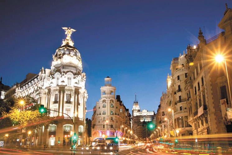 Regiones españolas frenan esfuerzo de Rajoy