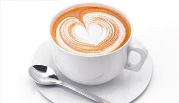 """Costarricenses dejan un """"café pendiente"""" para un desconocido"""