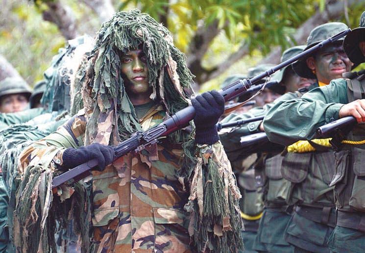 Santos: Colombia y Venezuela deben trabajar juntos