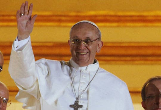 Papa termina su visita a Aparecida