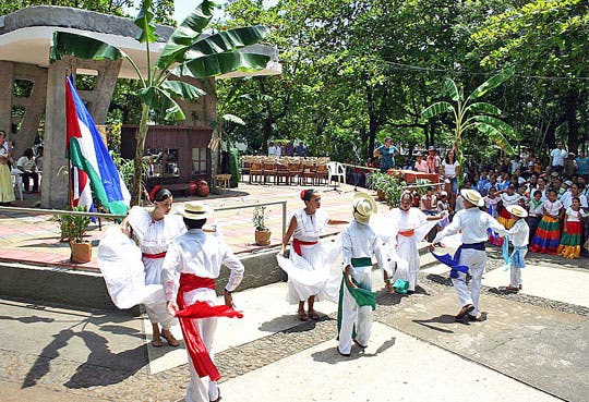 Inició Festival Cultural de la Anexión