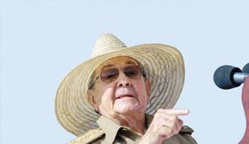 Raúl Castro: la revolución es de los jóvenes