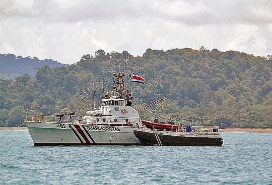 Argentina coopera en capacitación de guardacostas