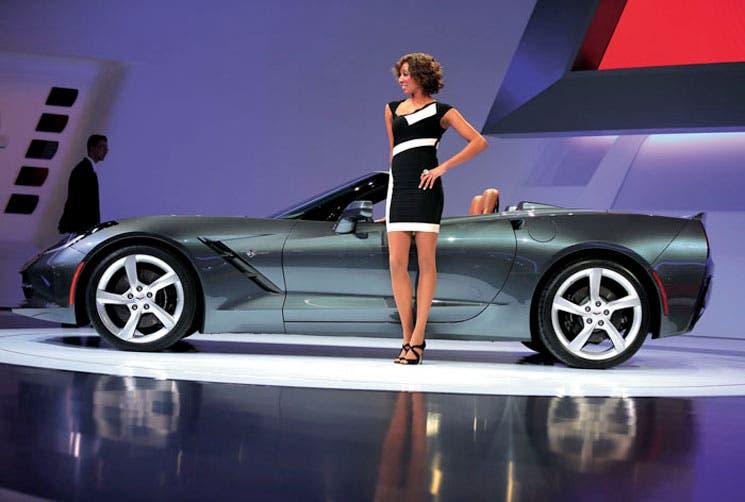 Sexagenarios son fanáticos compradores de autos
