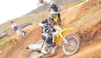 Motocross chapín con sabor tico