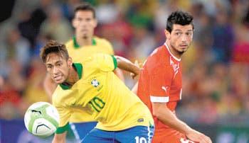 Gana Argentina, decepciona Brasil