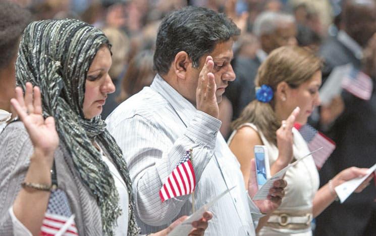 Washington suspende deportaciones y exige soluciones