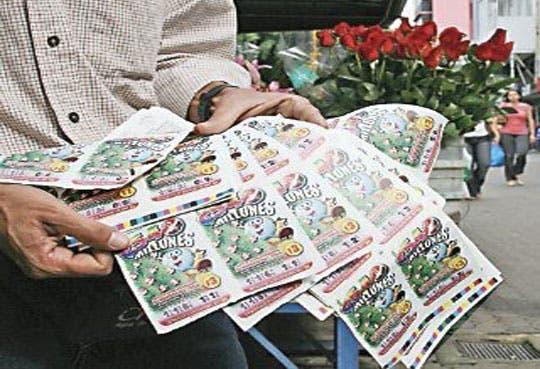 Vendedores de lotería en huelga