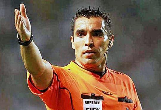 201308201213091.arbitro-mexicano-usa-cr.jpg