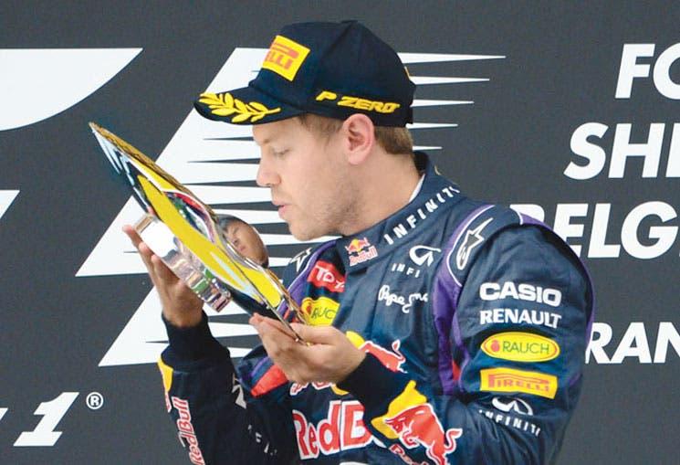 Vettel rodó solitario