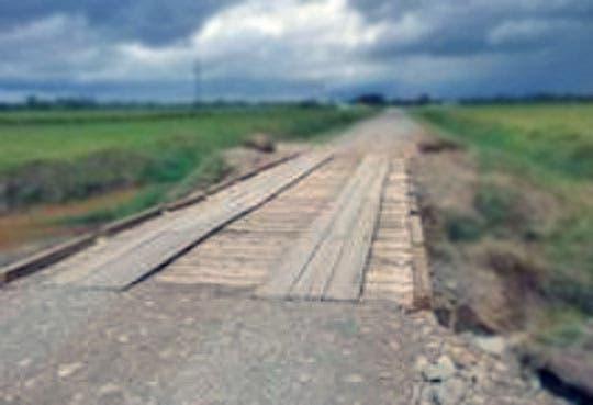 Construyen puentes en ruta 1856