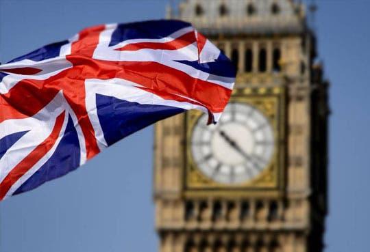 Londres justifica legalidad de un ataque a Siria