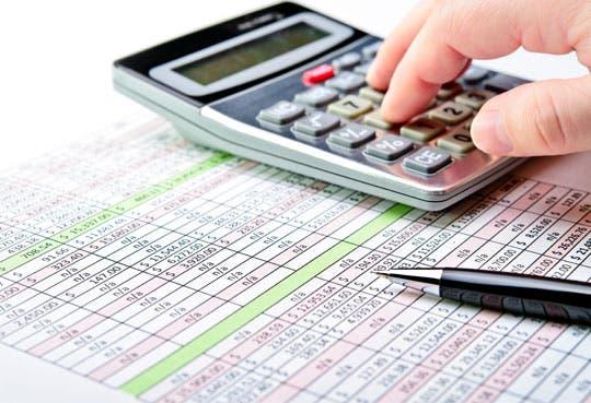 Presupuesto crecería 3,1% y se prevé déficit de 6,3%