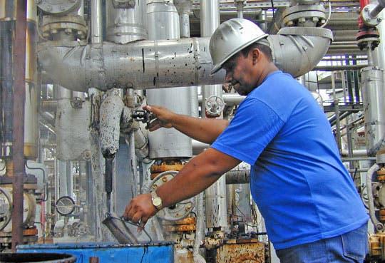 201309051211261.refineria-recope.jpg