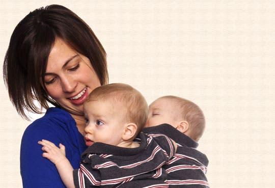 Hospital fortalece relación madre-hijo
