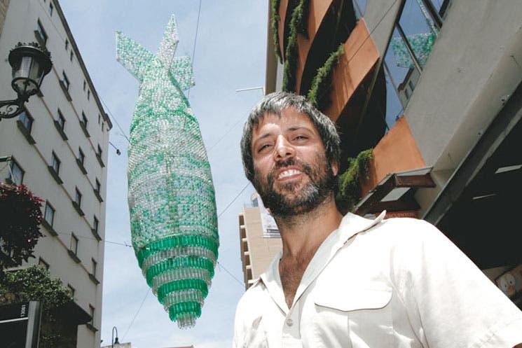 """""""Misil plástico"""" ataca la capital"""