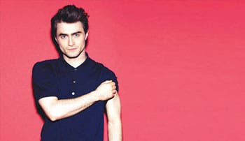 Daniel Radcliffe sigue alejándose de Harry Potter