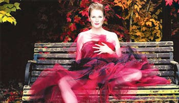"Julianne Moore firma para ""The Hunger Games"""