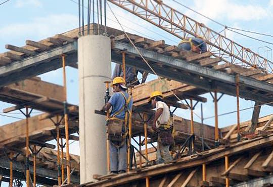 201309171450111.construccion-sector.jpg