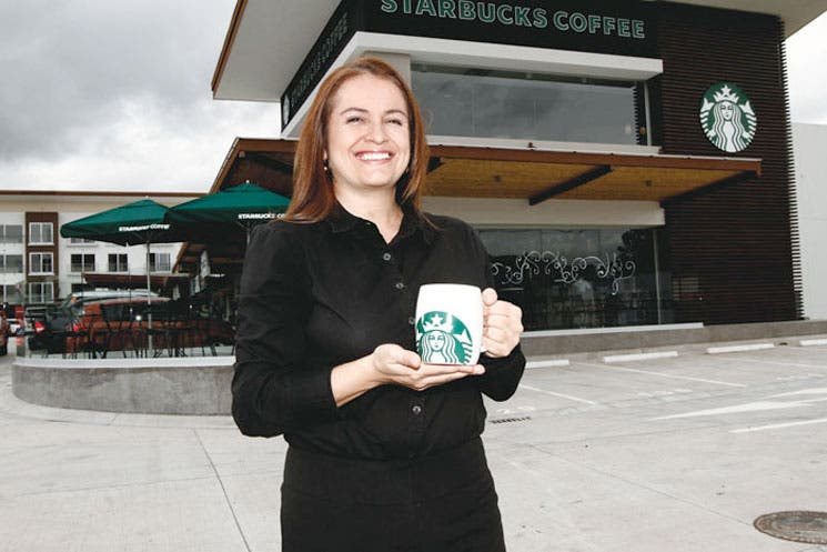 Starbucks abre tercer local
