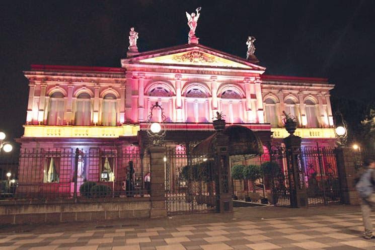Teatro Nacional se moderniza
