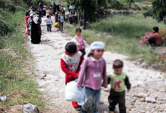 Niños abandonan Siria solos