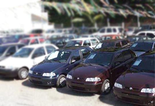INS suspende remate de vehículos y motocicletas