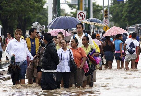 México sigue afectado por lluvias