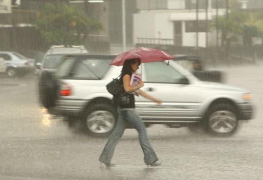 Prevén condiciones lluviosas en la tarde