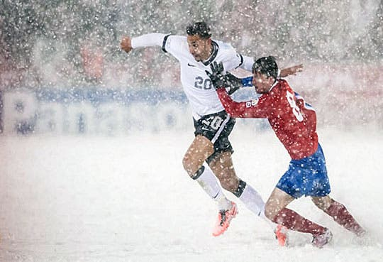 FIFA multó a Costa Rica