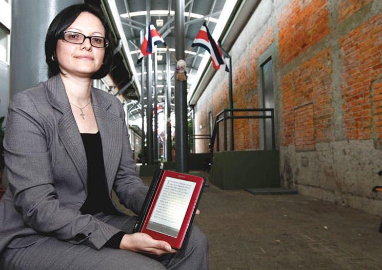 Editorial Costa Rica apuesta por libros digitales