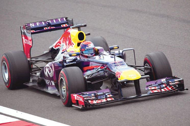 Vettel acaricia el tetra