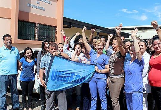 Más de 5 mil citologías sin procesar por huelga ilegal